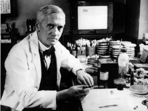 Fleming en su laboratorio